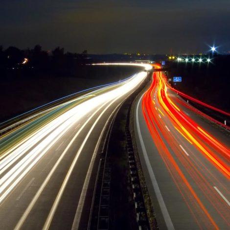 Banda larga: strade di campagna e autostrade